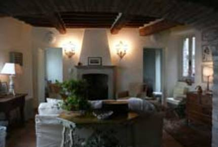 Elegant Italian Townhouse