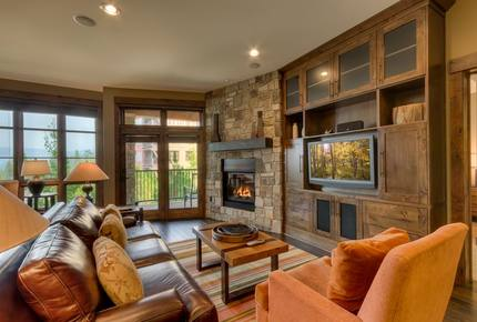 Northstar Lodge - 2 Bedroom Luxury Winter Heaven!