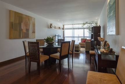 Barra da Tijuca Beachfront Apartment