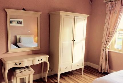Luxurious Cottage in Irish Countryside - Annaghbeg, Ireland