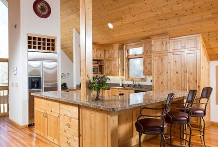 Teton Pines Ski and Golf Luxury Home - Jackson Hole