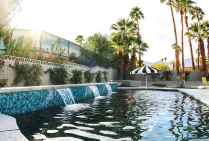 Modern Palm Springs Dream Villa - Palm Desert, California