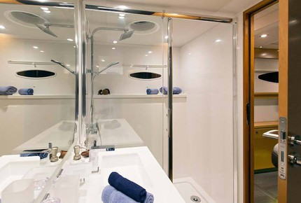 TradeWinds 70ft 5 Cabin Crewed Catamaran Flagship Class – British Virgin Islands Sailing Vacation - Tortola, Virgin Islands, British