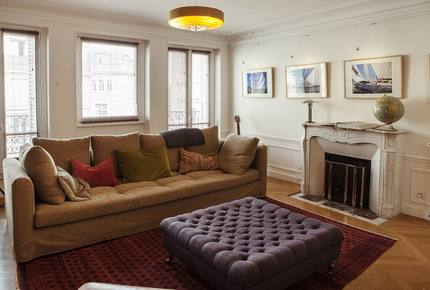 Elegant 5-bedroom Apartment by Luxembourg Gardens