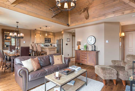 Super Cozy Mont-Tremblant Condo - Mont-Tremblant, Canada
