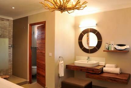 The Victoria Falls Safari Suites - Victoria Falls, Zimbabwe