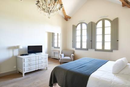 Chateau Serjac - Maison de la Pinede - Puissalicon, France