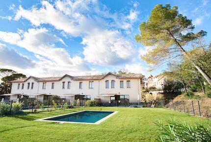 Chateau Serjac - La Maison des Vignes