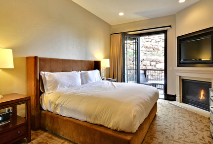 Waldorf Astoria 2 bed 3 Bath Residence in Park City, UT - Park City, Utah