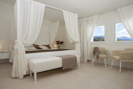 Deluxe Suite at Baia Bianca