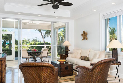 Elegant Condo on Beautiful Grace Bay Beach - Providenciales, Turks and Caicos Islands