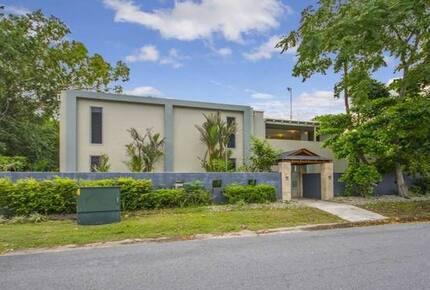 Villa Lotus - Port Douglas, Australia