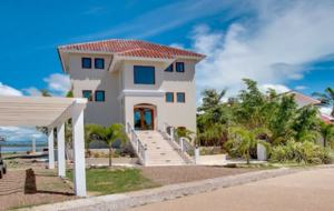 Villa Laguna Gecko - Placencia, Belize