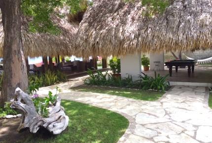 Los Remos Villa