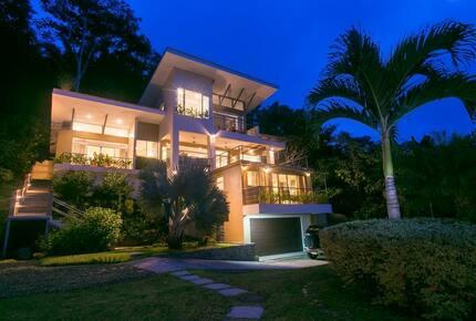 Casa Tangaroa