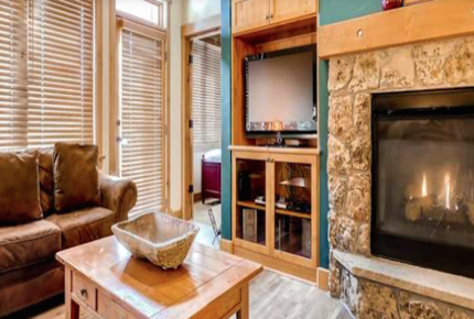 Perfectly Located Steamboat Luxury Ski Condo - Steamboat Springs, Colorado