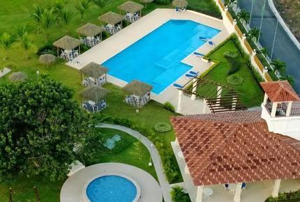 Coronado Luxury Beach and Golf Condo - Coronado, Panama