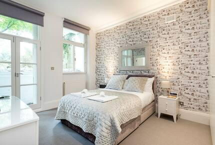 White Bricks - Earls Court, United Kingdom