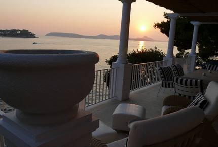 Mey's Place beach villa - Dubrovnik, Croatia