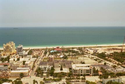 Miami Beach Yacht Club Penthouse - Miami Beach, Florida