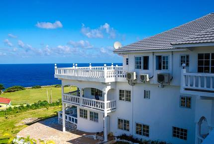 Villa Juanita Ocean View Suite - Hectors River, Jamaica