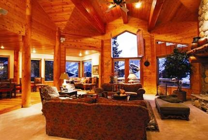 Spectacular Mountain Home at Silver Lake