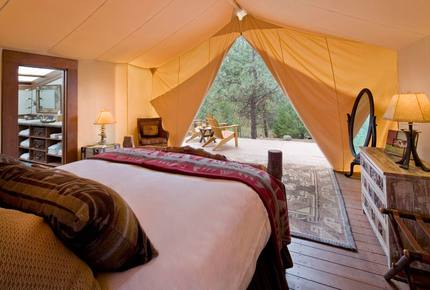 CURATED GLAMPING THE NIGHT AWAY - Montana Moonlight Tented Safari, Montana