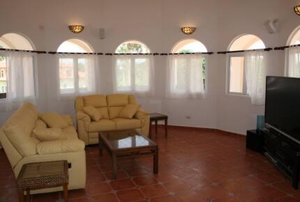 Villa Gordon - Cabrete, Dominican Republic