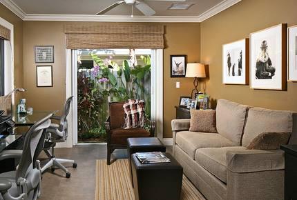 Quiet Luxury - Naples, Florida
