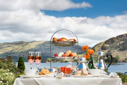 CURATED CULTURAL CLASSICS - The English Gardens & Lake District, England