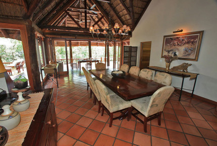 Tsheshepe Game Lodge