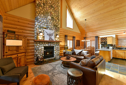 Luxury Log Cabin in the Mountains of British Columbia - Kimberley, Canada