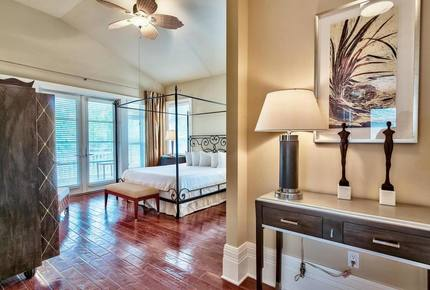 Miramar Beach/Sandestin Luxury Cottage - Miramar Beach, Florida