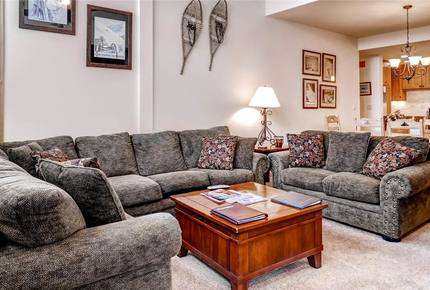 Meadows at EagleRidge Luxury Condo