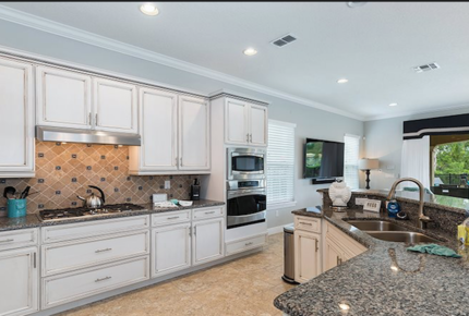 5 Bed Luxury Villa 6 Miles to Disney in Luxury Reunion Resort Professionally Managed - Reunion, Florida