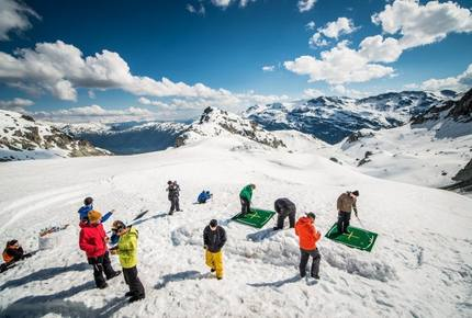 CURATED IRRESISTIBLE OFFER - Ski Escape in Whistler, Canada
