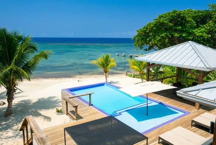Vivaro Luxury Beachfront with Amazing Private Beach! - West End, Honduras