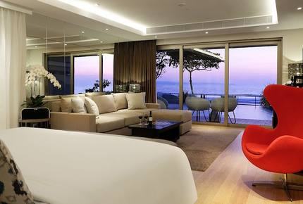 Double - Six Suite Ocean View
