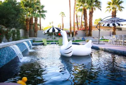 Modern Palm Springs Dream Villa