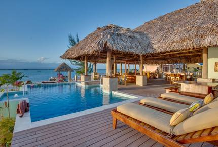 EXCLUSIVE STAY EXPERIENCE - Belizean Boutique Island Getaway, Belize