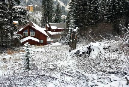Schweitzer Mountain Ski-In/Ski-Out Chalet