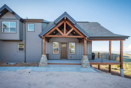 Shundahai Lodge - Beaver Mountain Ski and Bear Lake Luxury (Idaho/Utah)