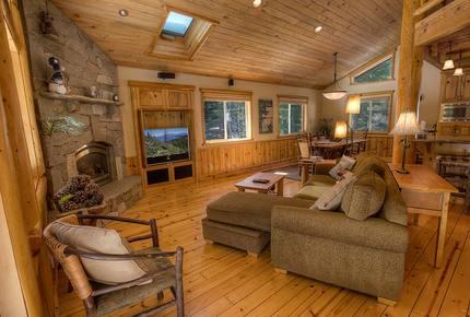 Blue Pine Lodge on Lake Tahoe - Tahoma, California