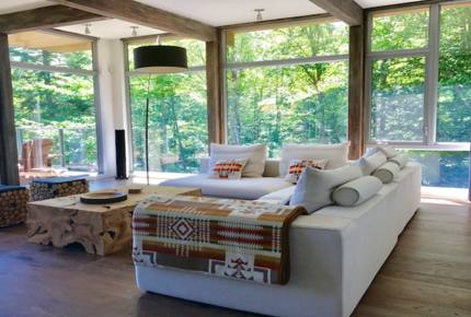 Modern Lakeside Luxury - Stanstead, Canada