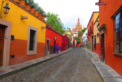 EXCLUSIVE STAY EXPERIENCE - San Miguel Christmas Festival, Mexico