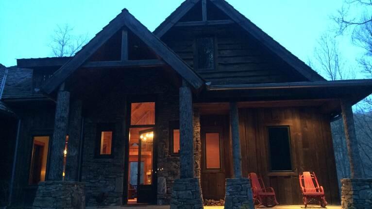 Balsam Mountain Cabin | Sylva, North Carolina | THIRDHOME