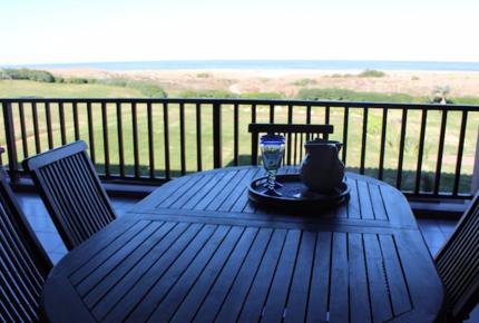 Beachfront Apartment in Bahia de Manantiales - Punta del Este, Uruguay