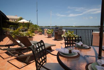 Penthouse *5* on the Water in Vero Beach