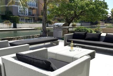 Luxury on the Canal