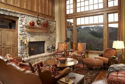 Quintess Collection - Whitetail Lodge